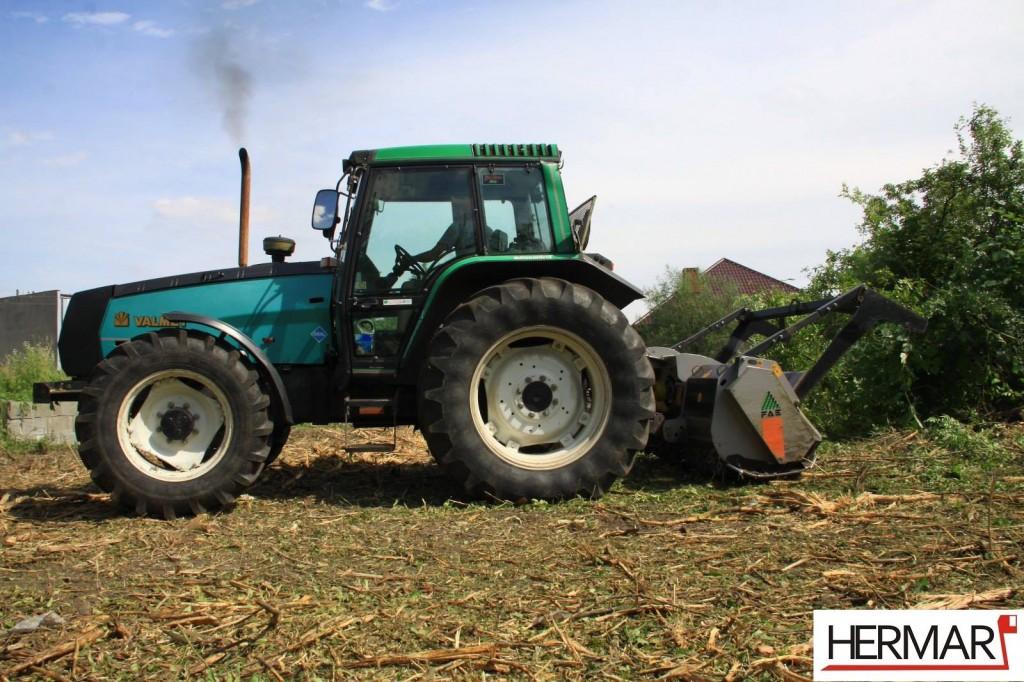 Mulczowanie terenu Gniezno_rozdrabnianie drzew_Hermar Gniezno_4